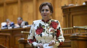 """Deputat Carmen Holban: """"Românii o duc mai bine în guvernarea PSD. Câștigă mai mult, cumpără mai mult, standardul lor de viață a crescut"""""""