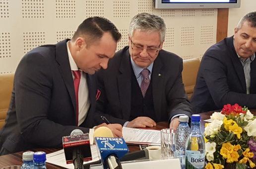 Târgoviștea se dezvoltă Smart și pe zona de iluminat public. A fost semnat contractul cu finanțare europeană pentru modernizarea și eficientizarea iluminatului stradal.