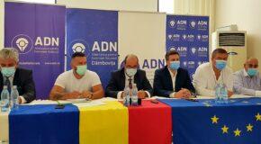 """Coordonatorul ADN, Cătălin Ivan: """"Vom ataca la CCR organizarea alegerilor"""". Motivele, expuse la Târgoviște"""