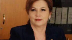 """Carmen Holban, deputat PSD de Dâmbovița: """"Școala trebuie să se facă în școală! Din nefericire, copiii au ajuns să fie cobaii guvernanților, care nu se gândesc absolut deloc nici la prezentul, nici la viitorul acestora"""""""