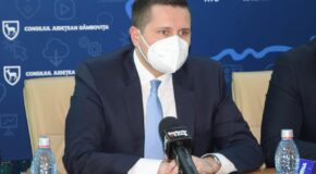Proiecte cu bani europeni la Spitalul Județean. Președintele CJD, Corneliu Ștefan, anunță că în curând va fi lansată licitația pentru extinderea Unității de Primiri Urgențe, dar și a Ambulatoriului de specialitate