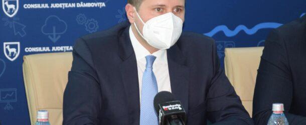 """Președintele CJD, Corneliu Ștefan: """"Este necesar ca dâmbovițenii să știe pe ce și cum vor fi cheltuiți banii județului"""". Astăzi, proiectele din infrastructura rutieră și stadiul investițiilor"""